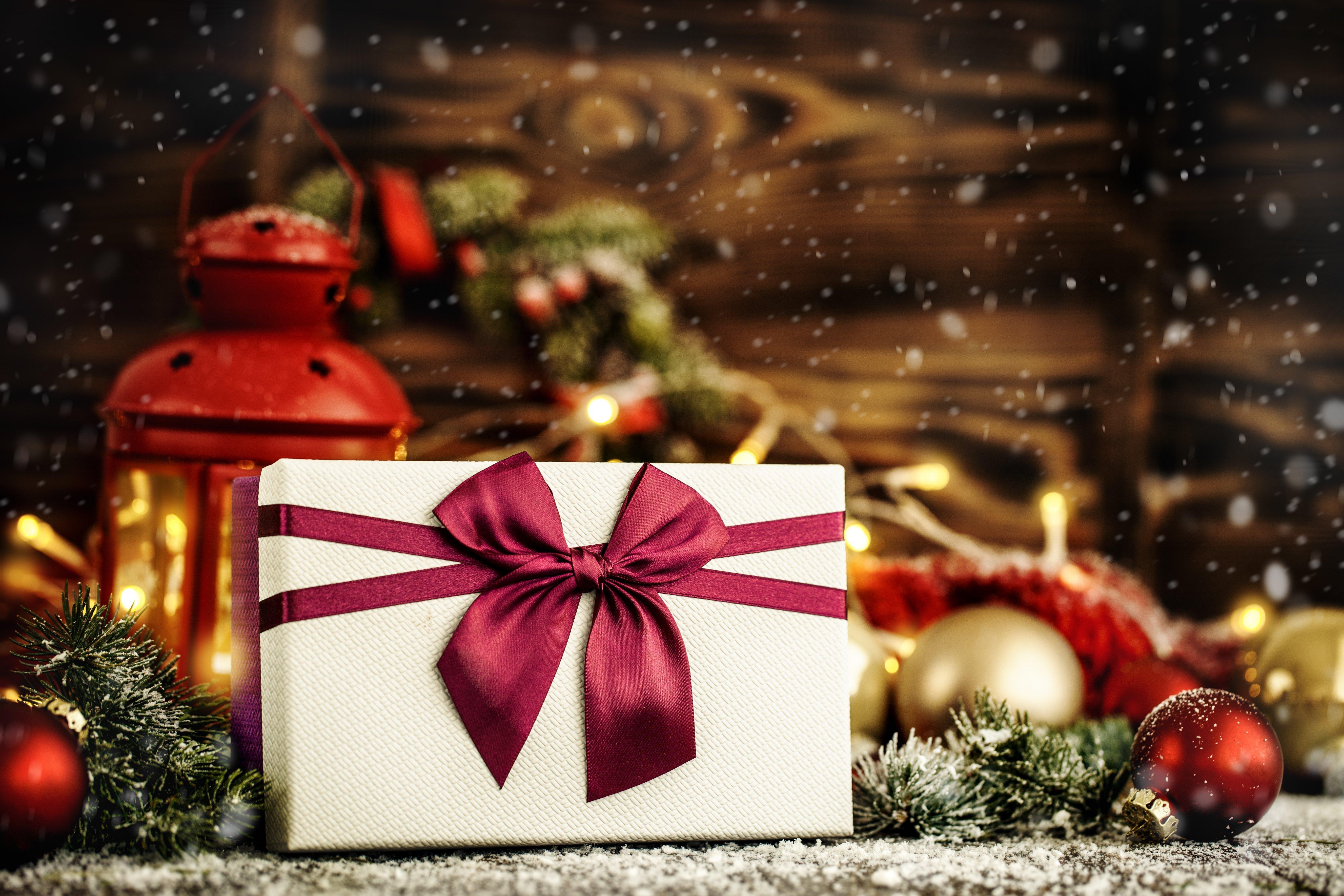 Delvin Christmas Guide